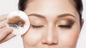 Cách chăm sóc da mắt3
